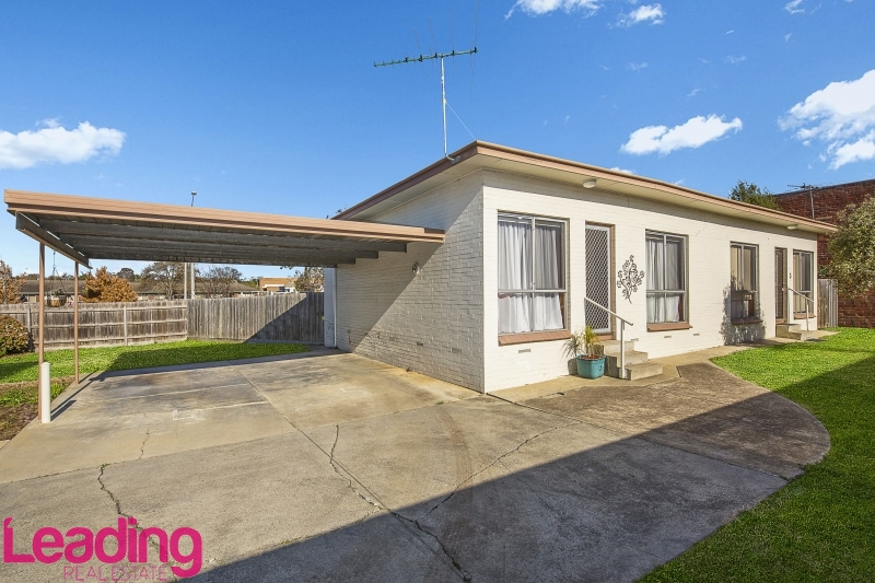 4/24 Barkly Street, SUNBURY  VIC  3429